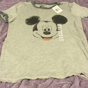 NWT Mickey Mouse shirt szS